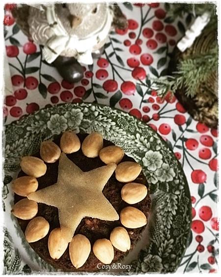英国のCrayve'sのクリスマスケーキ